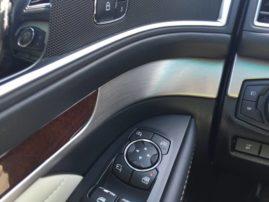 2016-ford-explorer-platinum-interior-8