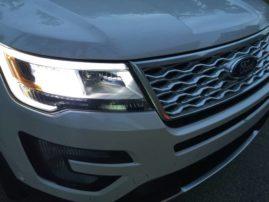 2016-ford-explorer-platinum-lights-1