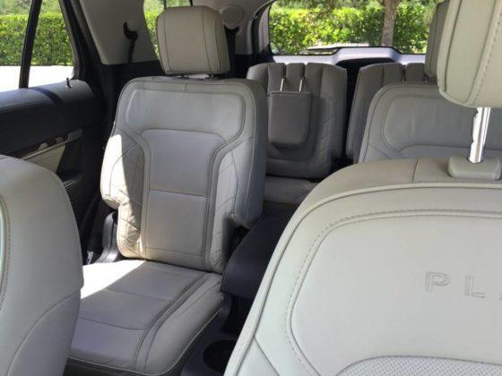 2016-ford-explorer-platinum-seats-1