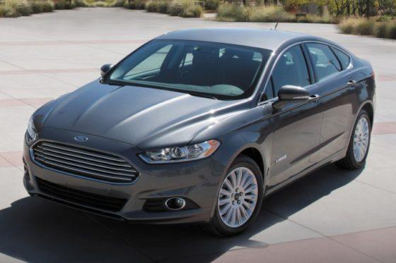 2016-ford-fusion-hybrid-sedan
