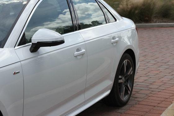 2017 AUDI A4 Sedan 2.0 Quattro S Tronic