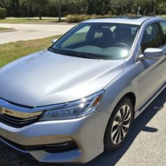 2017-honda-accord-hybrid-touring